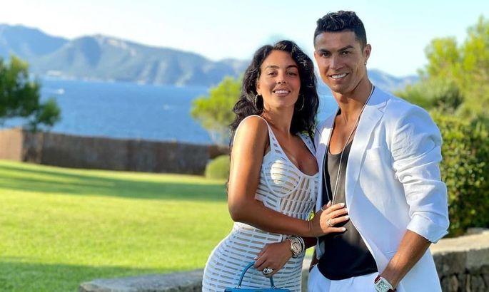 Нужно больше Роналду! Джорджина Родригес ждет от Криштиану еще одного ребенка! ФОТО