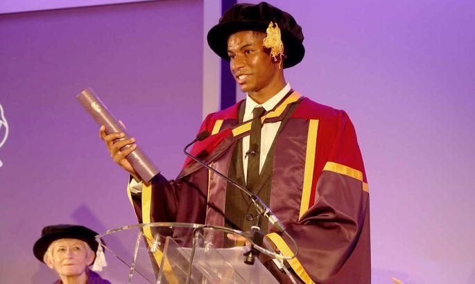 Форварду МЮ присвоена почетная докторская степень Манчестерского университета