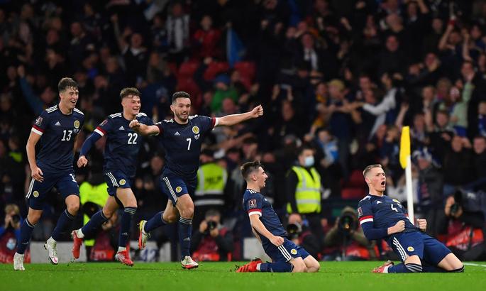 Отбор к ЧМ. Дания - все остальные– 26:0, Мактоминей принёс Шотландии важнейшие 3 очка