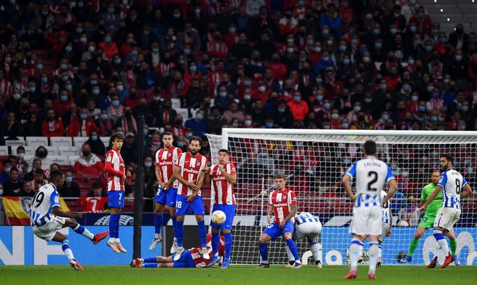 Примера. Атлетико - Реал Сосьедад 2:2. Суарес украл у басков победу